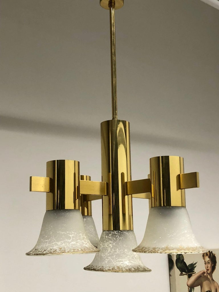 Late 20th Century Gold Plate and Glass Gaetano Sciolari Style Vintage Italian Chandelier For Sale