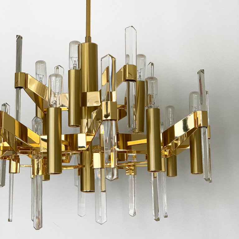 Gold-Plated Brass and Crystal Chandelier by Gaetano Sciolari For Sale 3