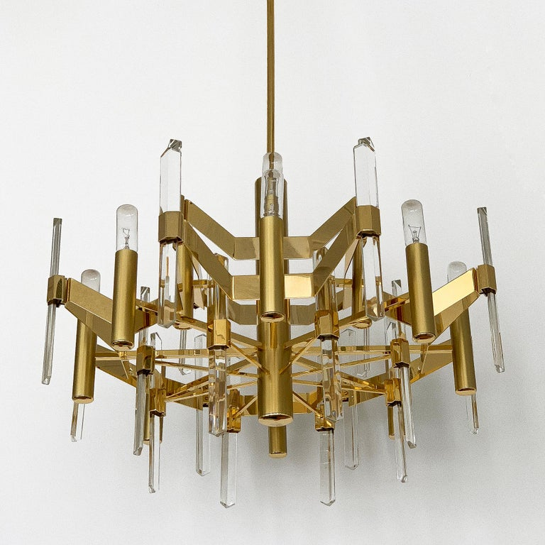 Mid-Century Modern Gold-Plated Brass and Crystal Chandelier by Gaetano Sciolari For Sale