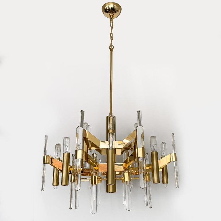 Gold-Plated Brass and Crystal Chandelier by Gaetano Sciolari In Excellent Condition For Sale In Chicago, IL