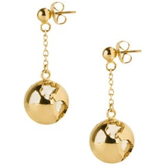 Gold plated dangling chain earth earrings