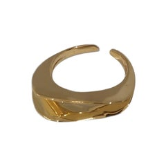 Gold plated waves ring NWOT