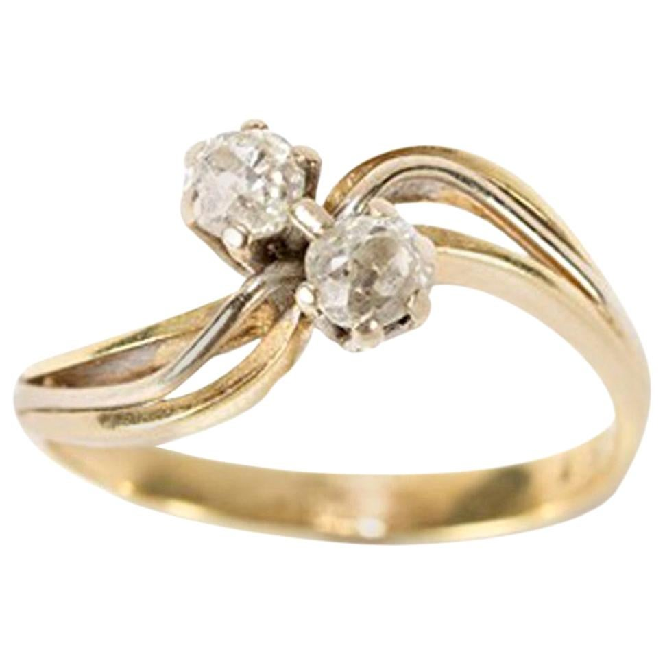 Gold Ring with 2 Diamonds of 0.25 Carat, 1930s