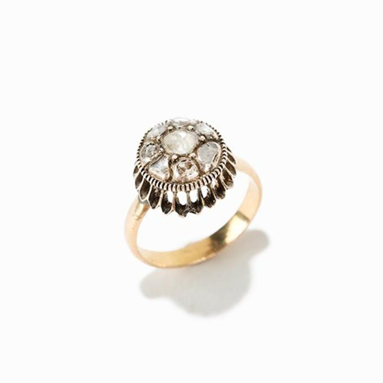 Women's Gold Ring with 9 Diamonds For Sale