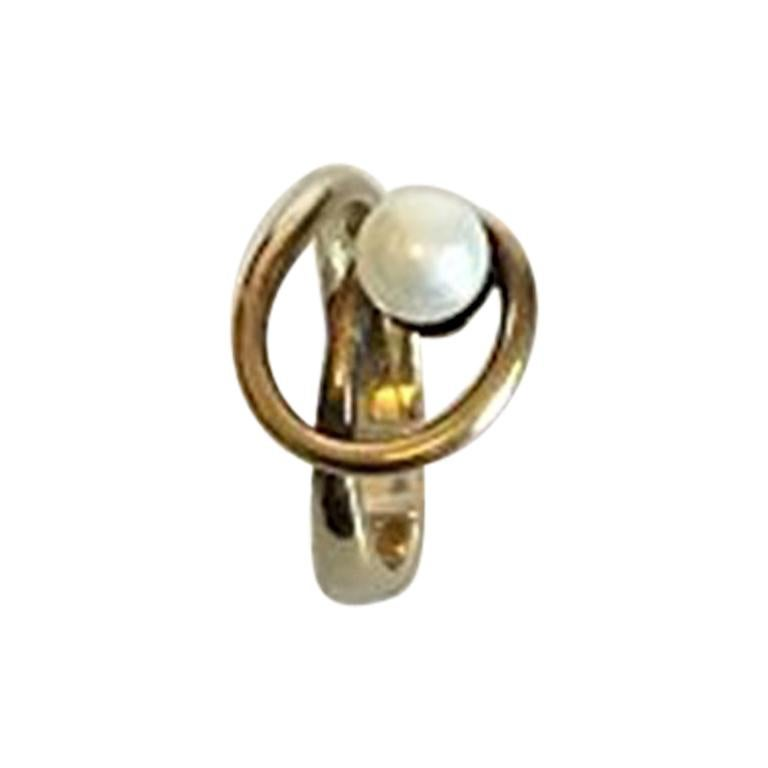 5200b5e023dc6 Gold Ring with Pearl in 9 Karat Gold