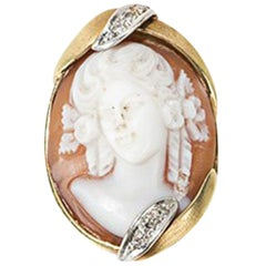 Gold Ring with Shell Cameo and Diamonds, Late 19th Century