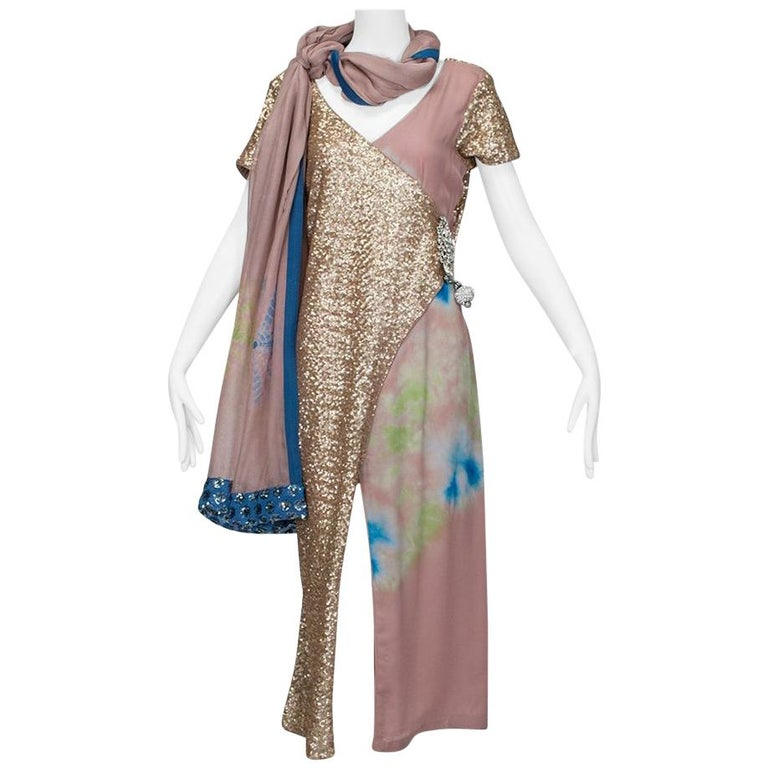 Gold Sequin Tie Dye Silk Sari with Pavé Crystal Hip Brooch and Sash - M-L, 1960s For Sale