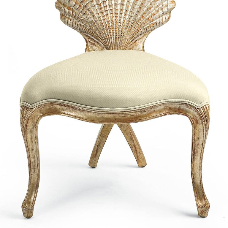 Gold Shell Chair in Solid Hand-Carved Wood Silver Gilt Painting  In Excellent Condition For Sale In Paris, FR