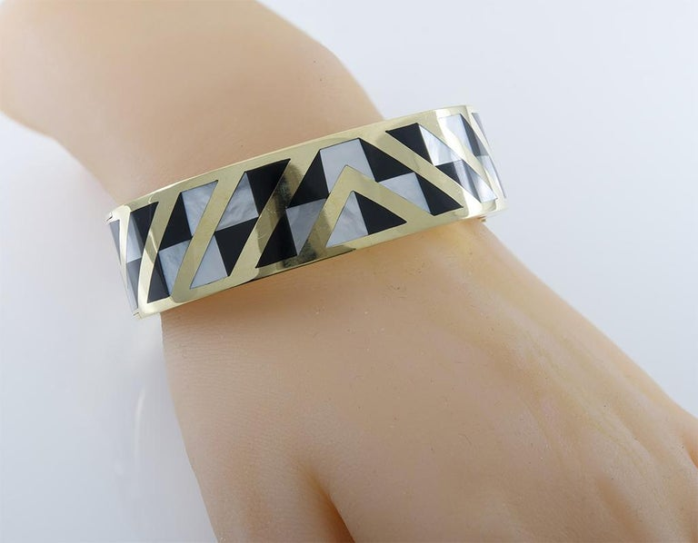 Gold Tiffany & Co. Bracelet In Good Condition For Sale In New York, NY