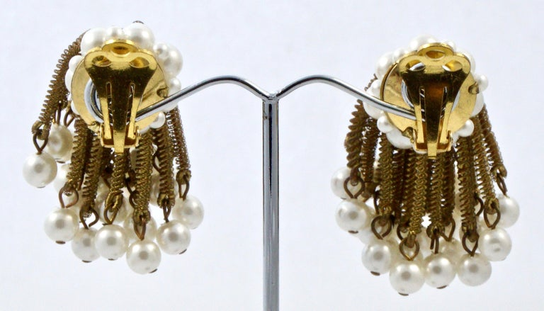 Women's or Men's Gold Tone Clip On Chandelier Earrings with Golden Strands and Faux Pearls 1960s For Sale