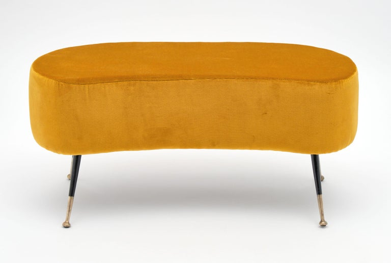 Gold Vintage Benches in the Manner of Carlo di Carli In Good Condition For Sale In Austin, TX