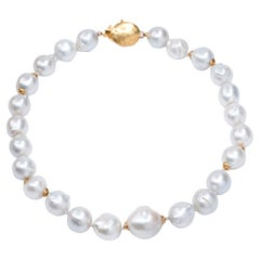 Gold Indian Clasp Rare White Baroque South Sea Pearl Pendant Necklace