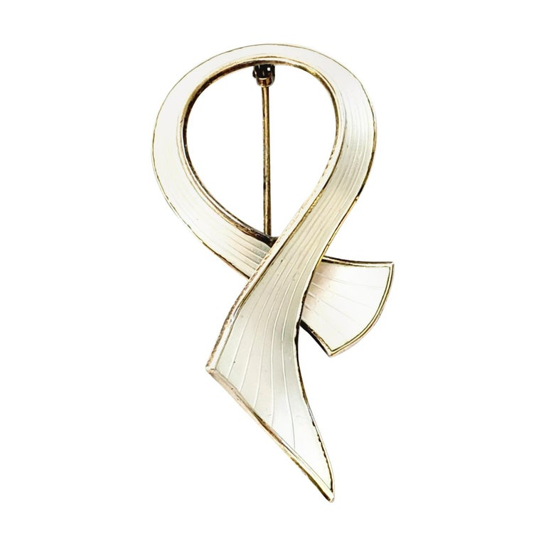 Gold Wash Over Sterling Silver White Enamel Ribbon Pin / Brooch For Sale