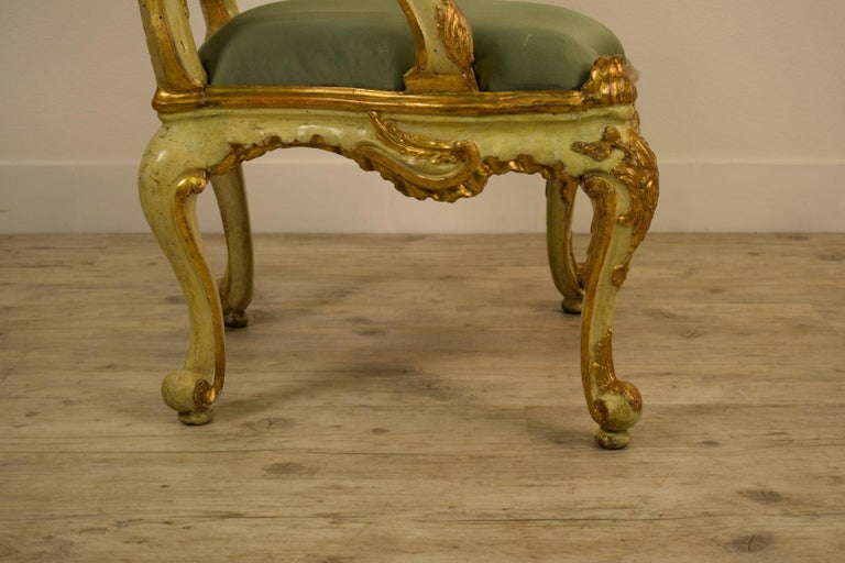 Golden and Lacquered Wood Venetian Armchair, 18th Century For Sale 5