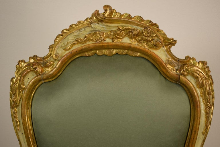 Golden and Lacquered Wood Venetian Armchair, 18th Century For Sale 3