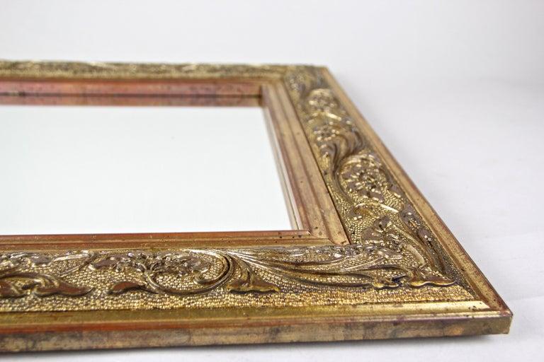 Golden Art Nouveau Mirror, Austria, circa 1900 For Sale 2