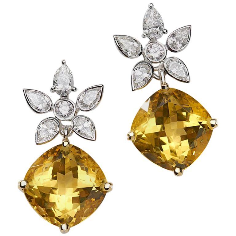 18 Carat Gold Golden Beryl and White Diamond Earrings