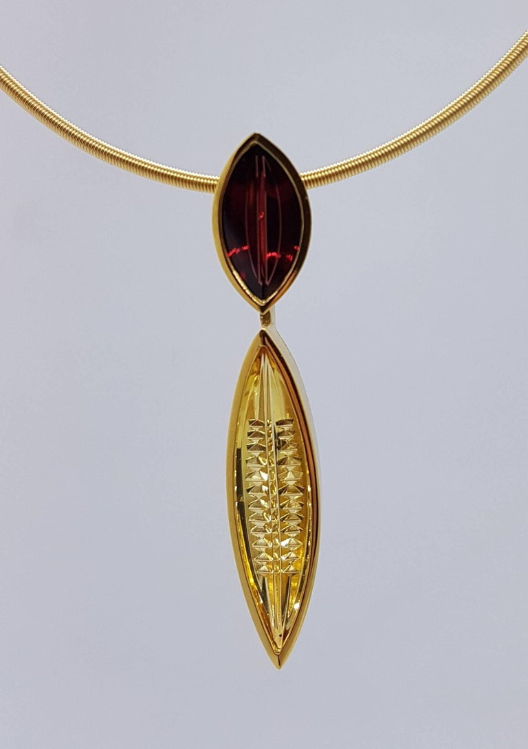 Golden Beryl Spessartite Gold Pendant Necklace Atelier Munsteiner In New Condition For Sale In Berlin, DE
