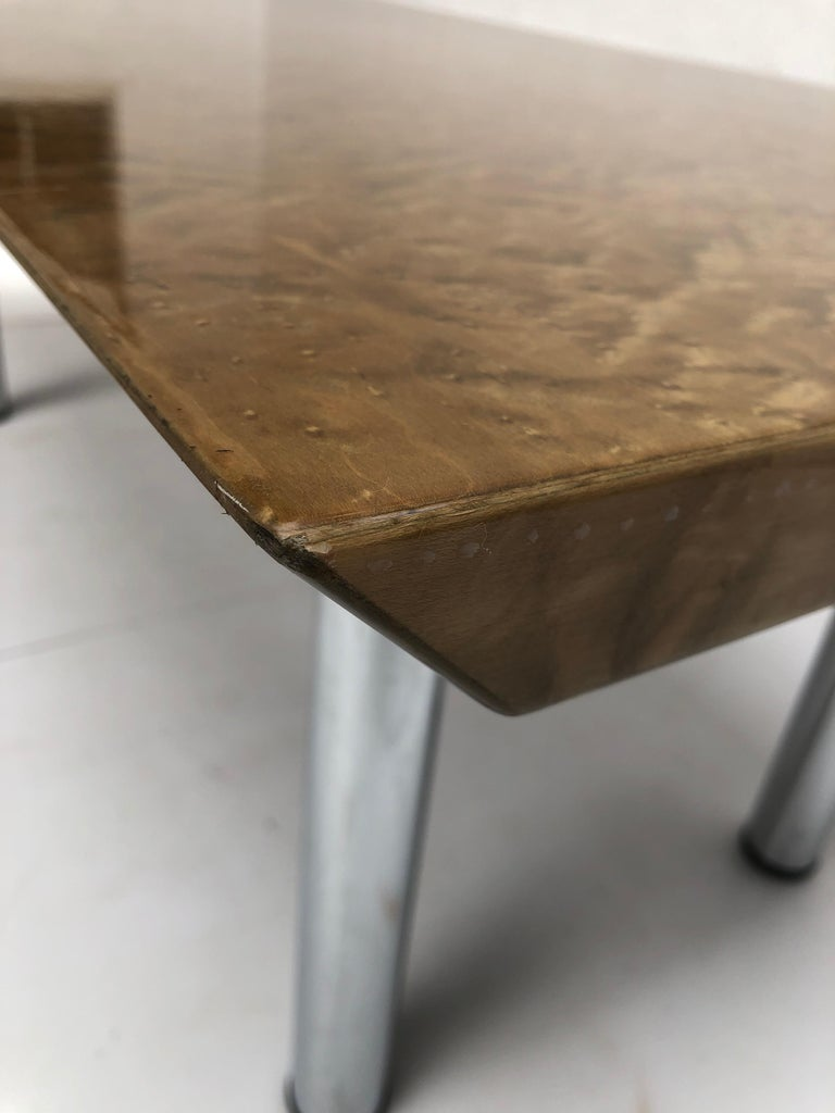 Golden Burlwood Dining table or Desk Giovanni Offredi for Saporiti, 1980s For Sale 5