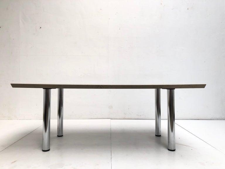 Veneer Golden Burlwood Dining table or Desk Giovanni Offredi for Saporiti, 1980s For Sale
