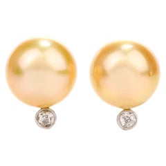 Golden South Sea Pearl Diamond 18 Karat Gold Stud Earrings