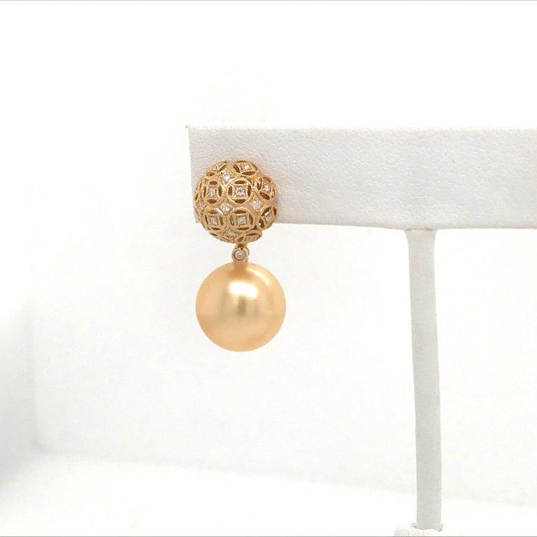 Round Cut Golden South Sea Pearl Diamond Drop Earrings 0.30 Carat 18 Karat Yellow Gold For Sale