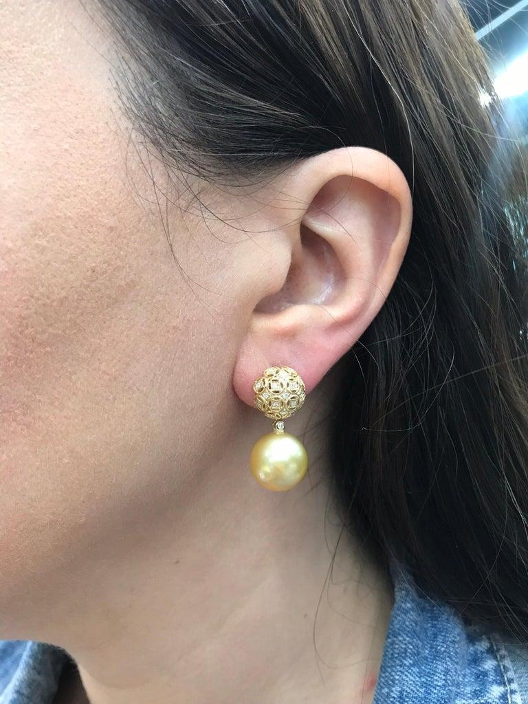 Women's Golden South Sea Pearl Diamond Drop Earrings 0.30 Carat 18 Karat Yellow Gold For Sale