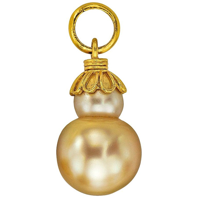 Golden South Sea Pearl in Yellow Gold 22 Karat Gold Pendant For Sale