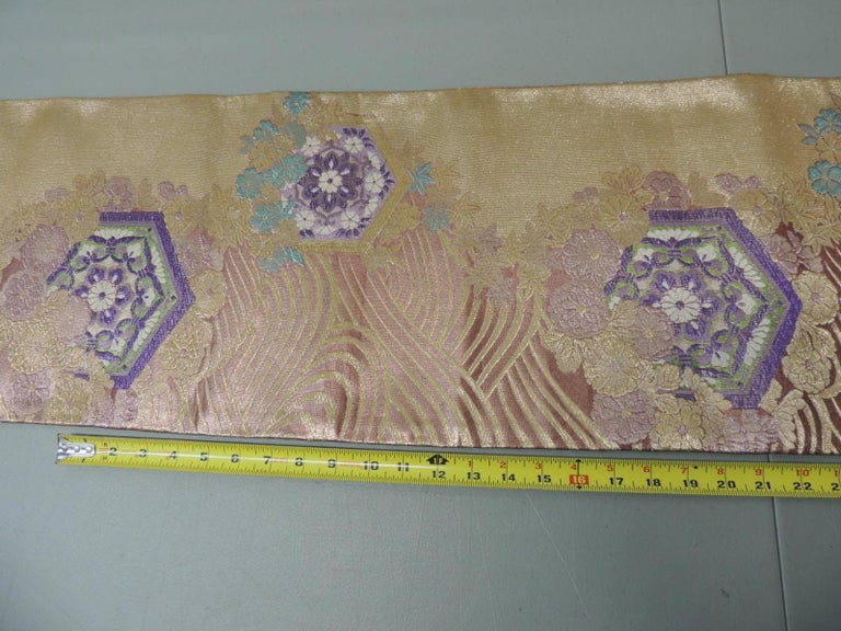 Mid-20th Century Long Golden Textured Woven Obi Textile Depicting Flowers in Bloom For Sale