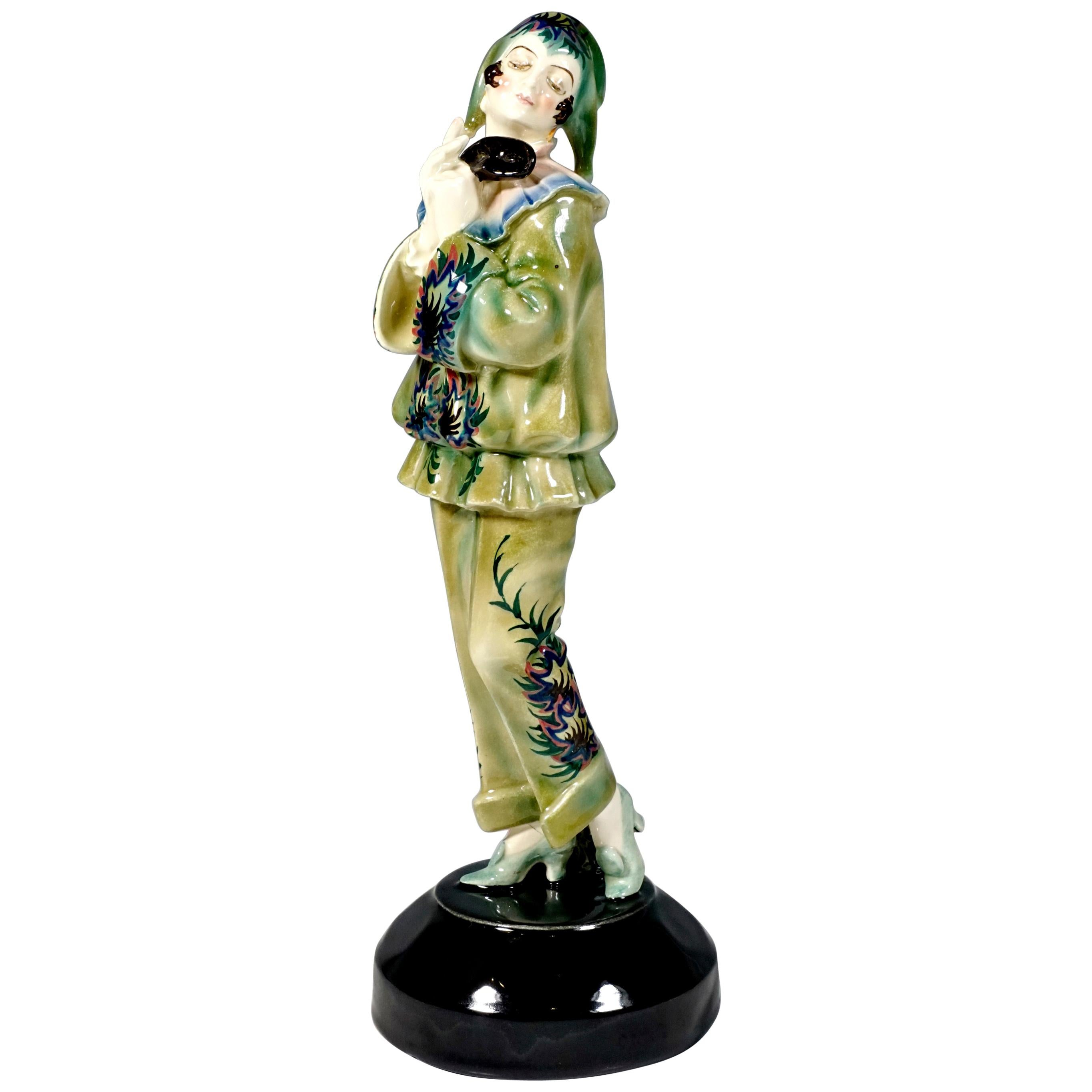 Goldscheider Art Deco Figurine 'Pierrette' by Dakon & Lorenzl, circa 1925