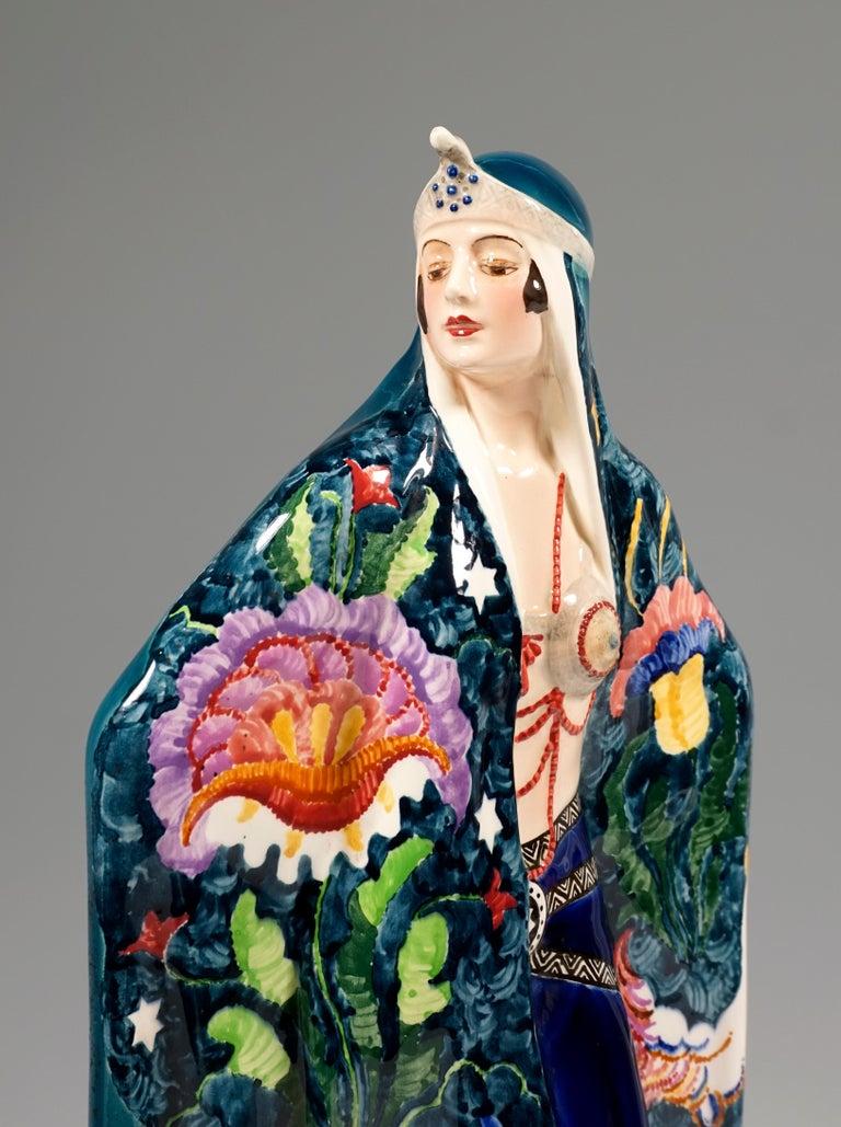 Goldscheider Art Deco Odalisque 'Aida', by Josef Lorenzl, Around 1925 In Good Condition For Sale In Vienna, AT