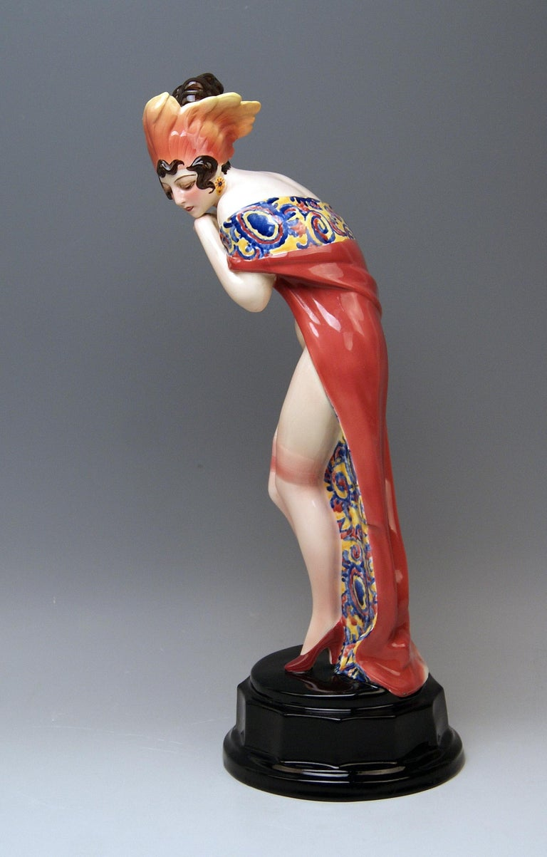 Austrian Goldscheider Vienna Lady Nude Nr. 5060 Feathered Cap Fascination Thomasch For Sale