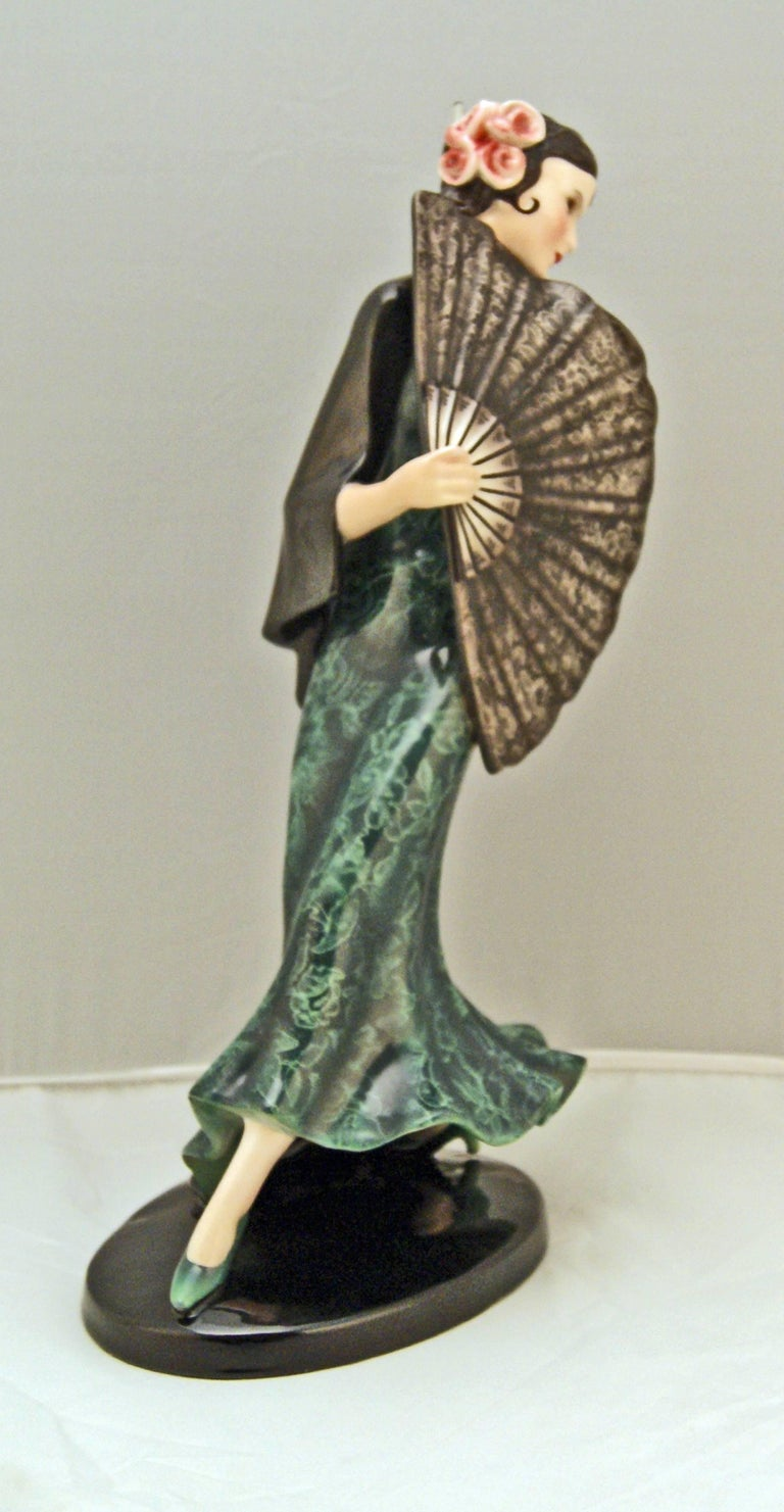 Mid-20th Century Goldscheider Vienna Spanish Lady Dancer with Fan Dakon Model 7415, circa 1936 For Sale