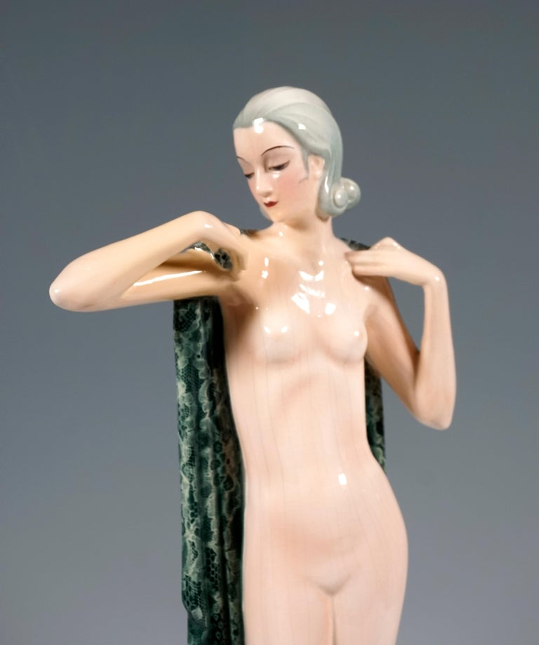Hand-Crafted Goldscheider Vienna Standing Nude with Large Cloth by Josef Lorenzl, circa 1935 For Sale
