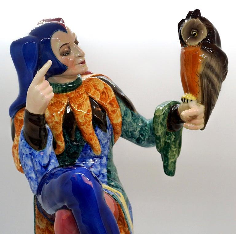 Goldscheider Vienna Till Eulenspiegel Owlglass by Josef Lorenzl   Height 35.0 cm In Good Condition For Sale In Vienna, AT