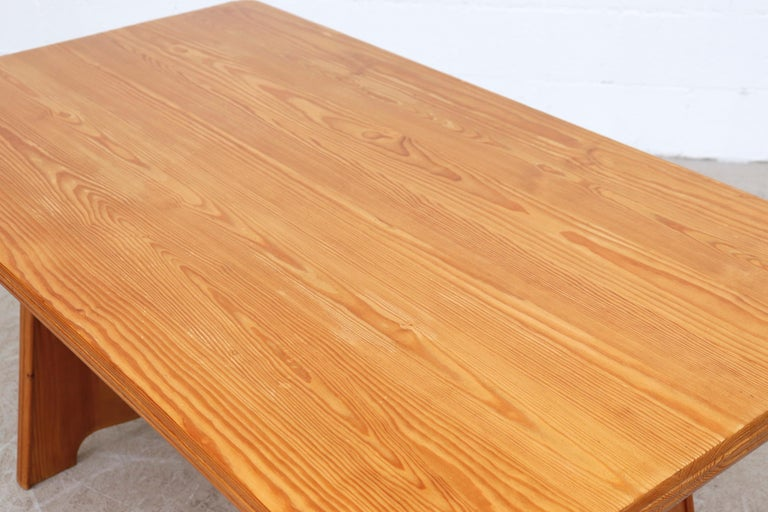 Göran Malmvall Pine Dining Table with Leaves For Sale 4