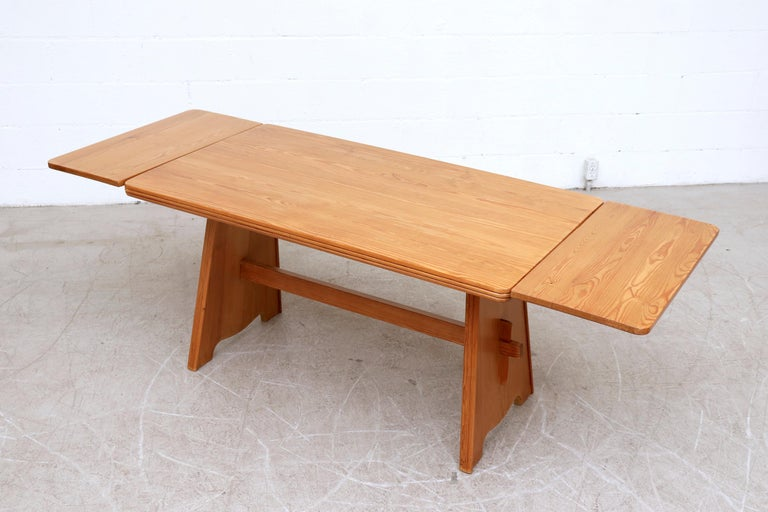 Mid-20th Century Göran Malmvall Pine Dining Table with Leaves For Sale