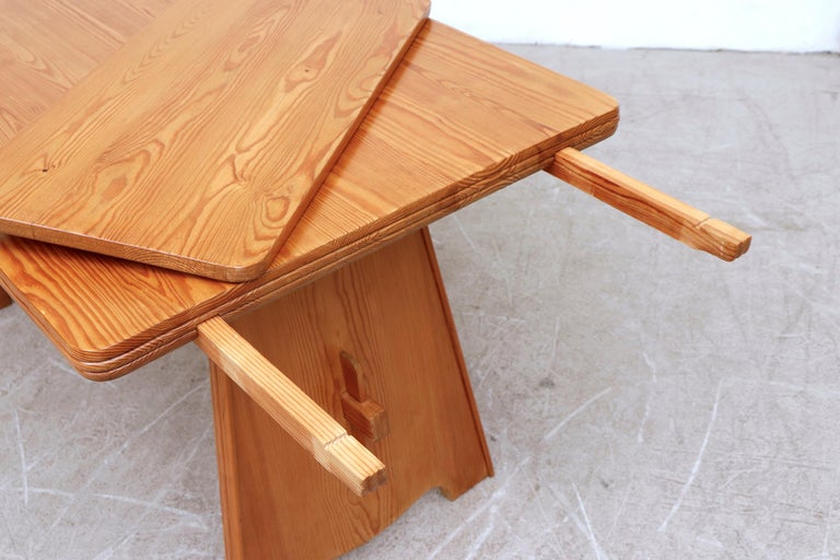 Göran Malmvall Pine Dining Table with Leaves For Sale 1