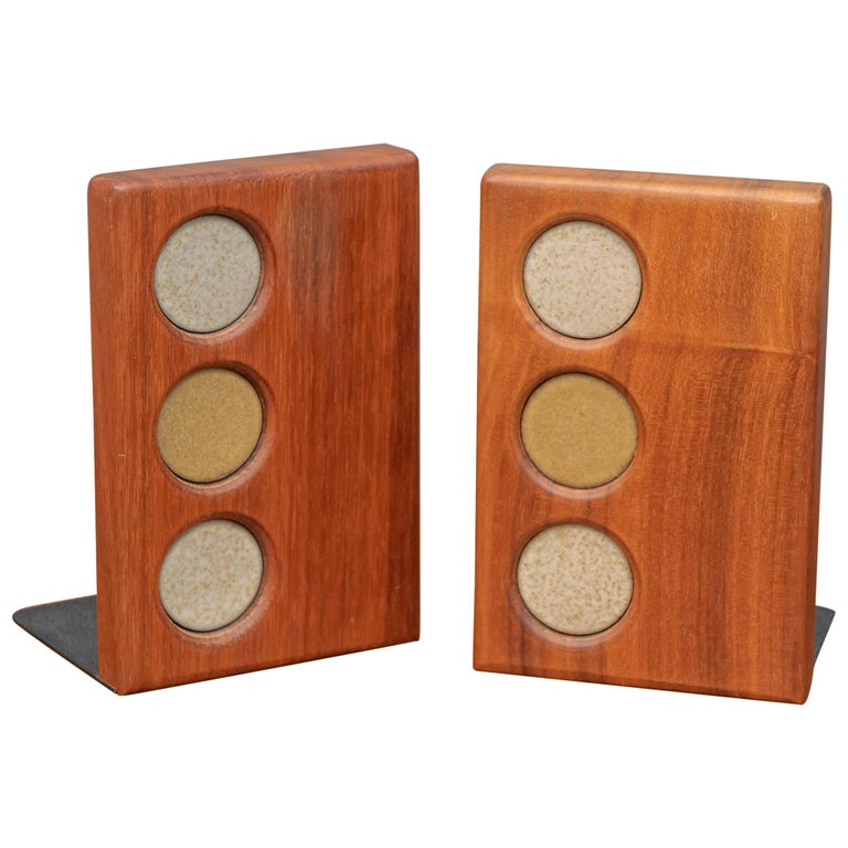 Gordon and Jane Martz Bookends for Marshall Studios For Sale