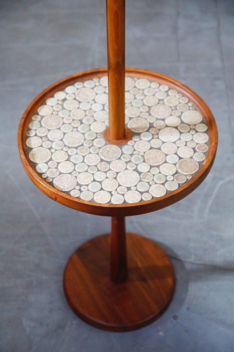 American Gordon and Jane Martz for Marshall Studios Floor Lamp with Ceramic Tiles Table For Sale