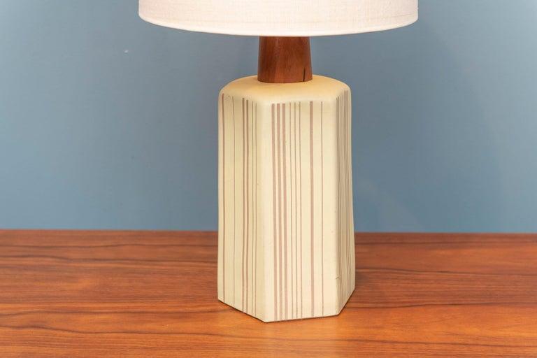 Gordon Martz design ceramic hexagonal incised table lamp in very good original condition, signed.