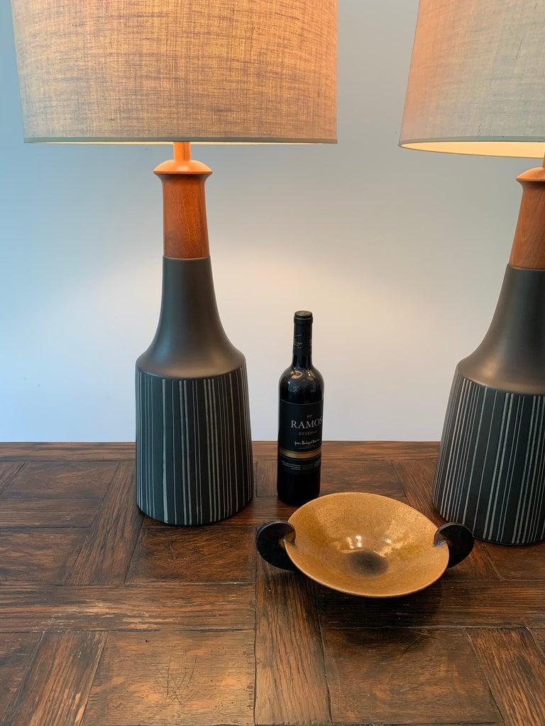 American Gordon Martz & Jane Marshall Martz Ceramic Table Lamps For Sale