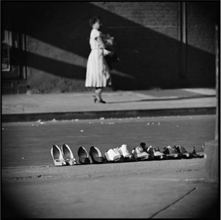 Gordon Parks Black and White Photograph - Untitled, Harlem, New York, 1952