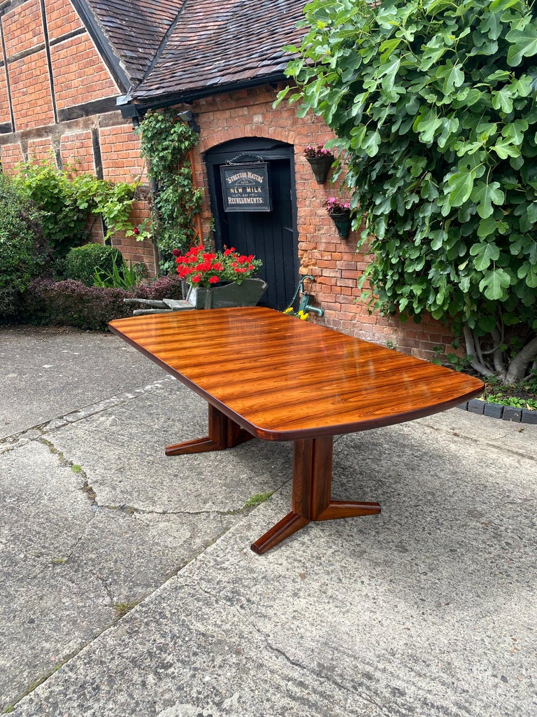 Gordon Russell Rio Rosewood Dining Table by Martin Hall Marwood Range, 1970 For Sale 4