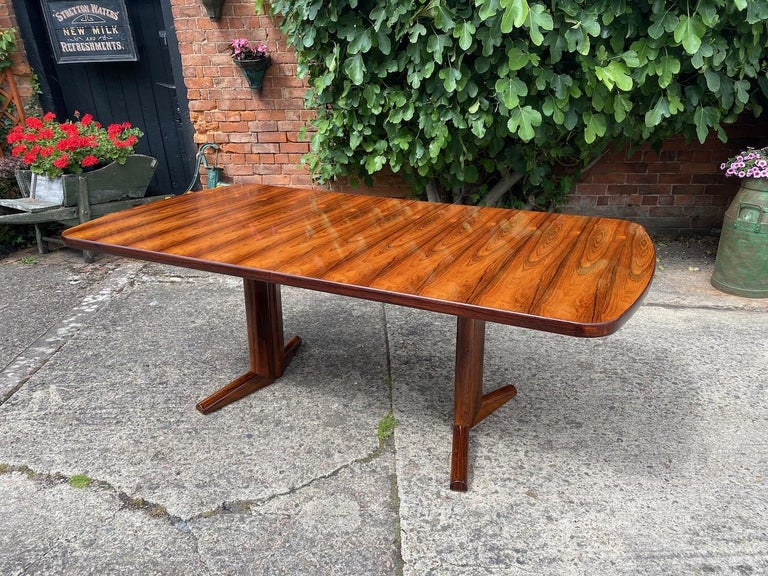 Mid-Century Modern Gordon Russell Rio Rosewood Dining Table by Martin Hall Marwood Range, 1970 For Sale