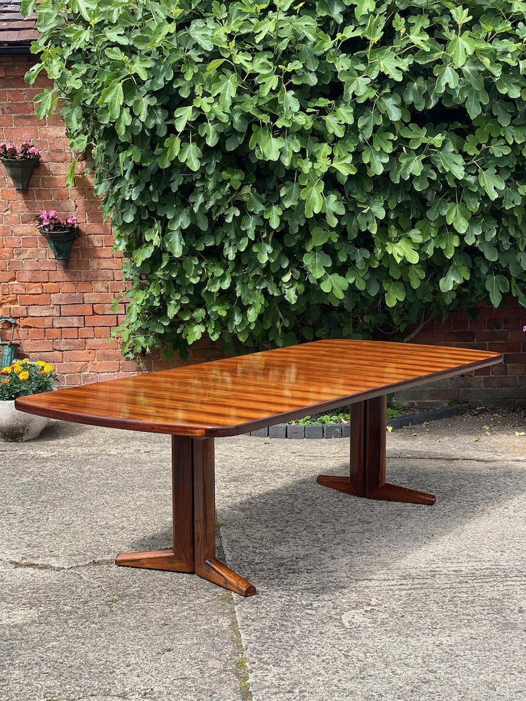 English Gordon Russell Rio Rosewood Dining Table by Martin Hall Marwood Range, 1970 For Sale