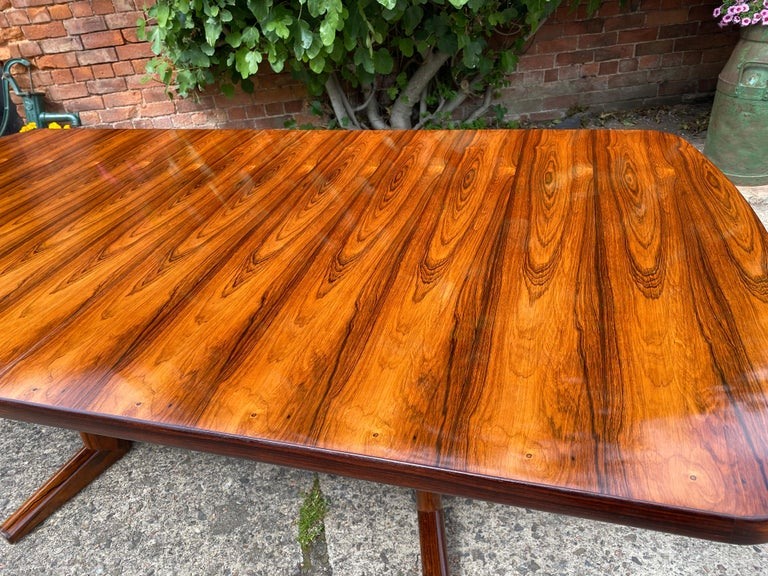 Gordon Russell Rio Rosewood Dining Table by Martin Hall Marwood Range, 1970 In Excellent Condition For Sale In Longdon, Tewkesbury