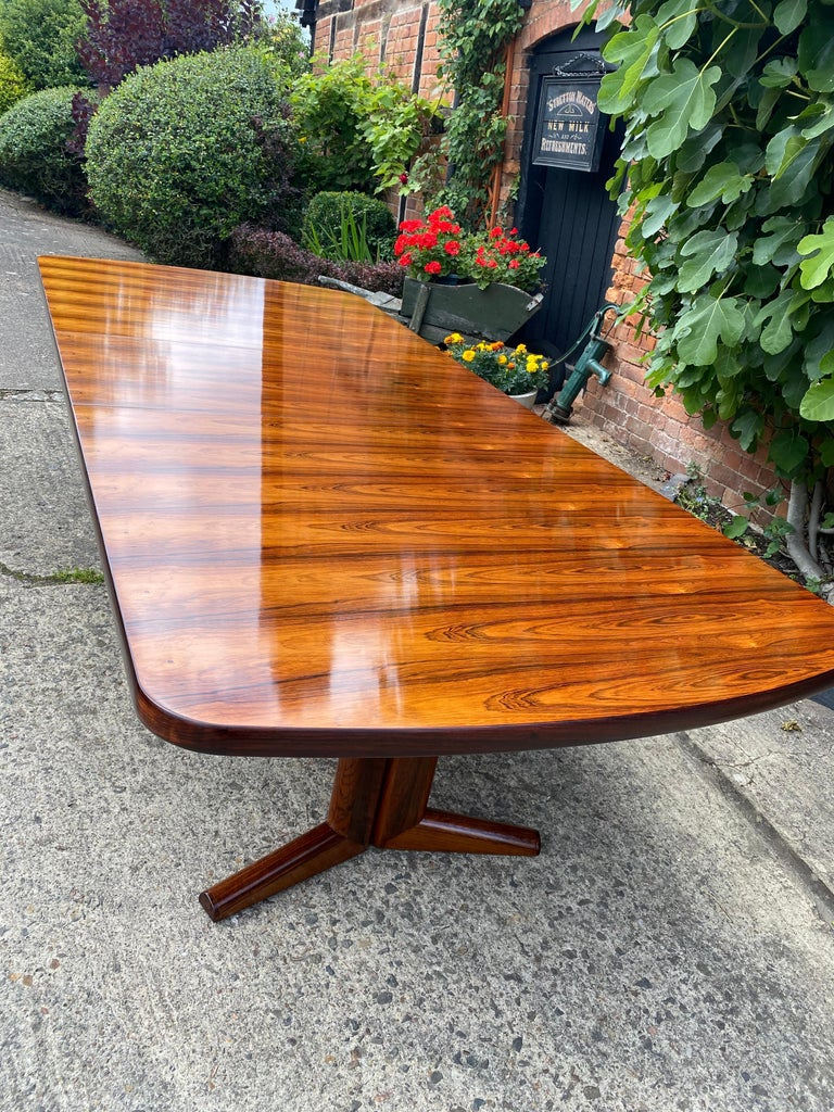 Gordon Russell Rio Rosewood Dining Table by Martin Hall Marwood Range, 1970 For Sale 2