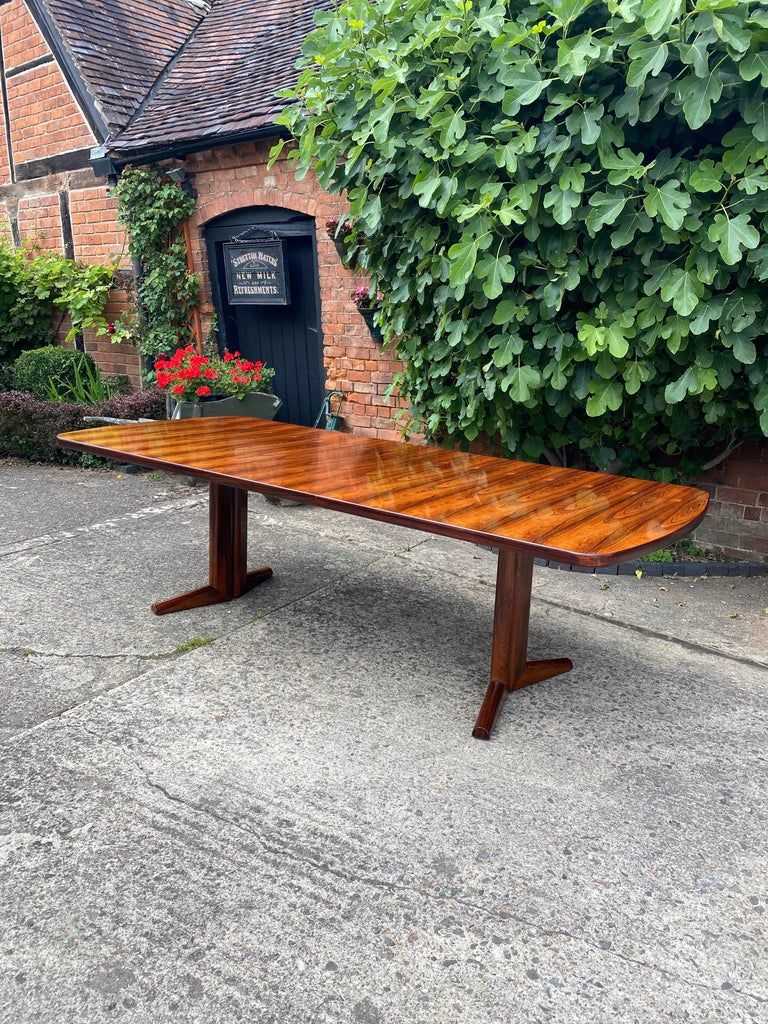 Gordon Russell Rio Rosewood Dining Table by Martin Hall Marwood Range, 1970 For Sale 3