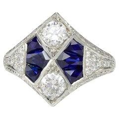 Gorgeous 0.72 Carat 2 Center Round Platinum Sapphire Diamond Ring